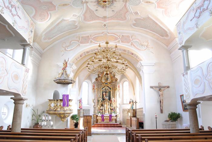 Altarraum von St. Johannes Baptista